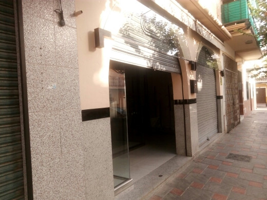 LOCATION!!  A clothes shop in the heart of Fuengirola with access from 2 busy streets.  With 8 cryst, Spain