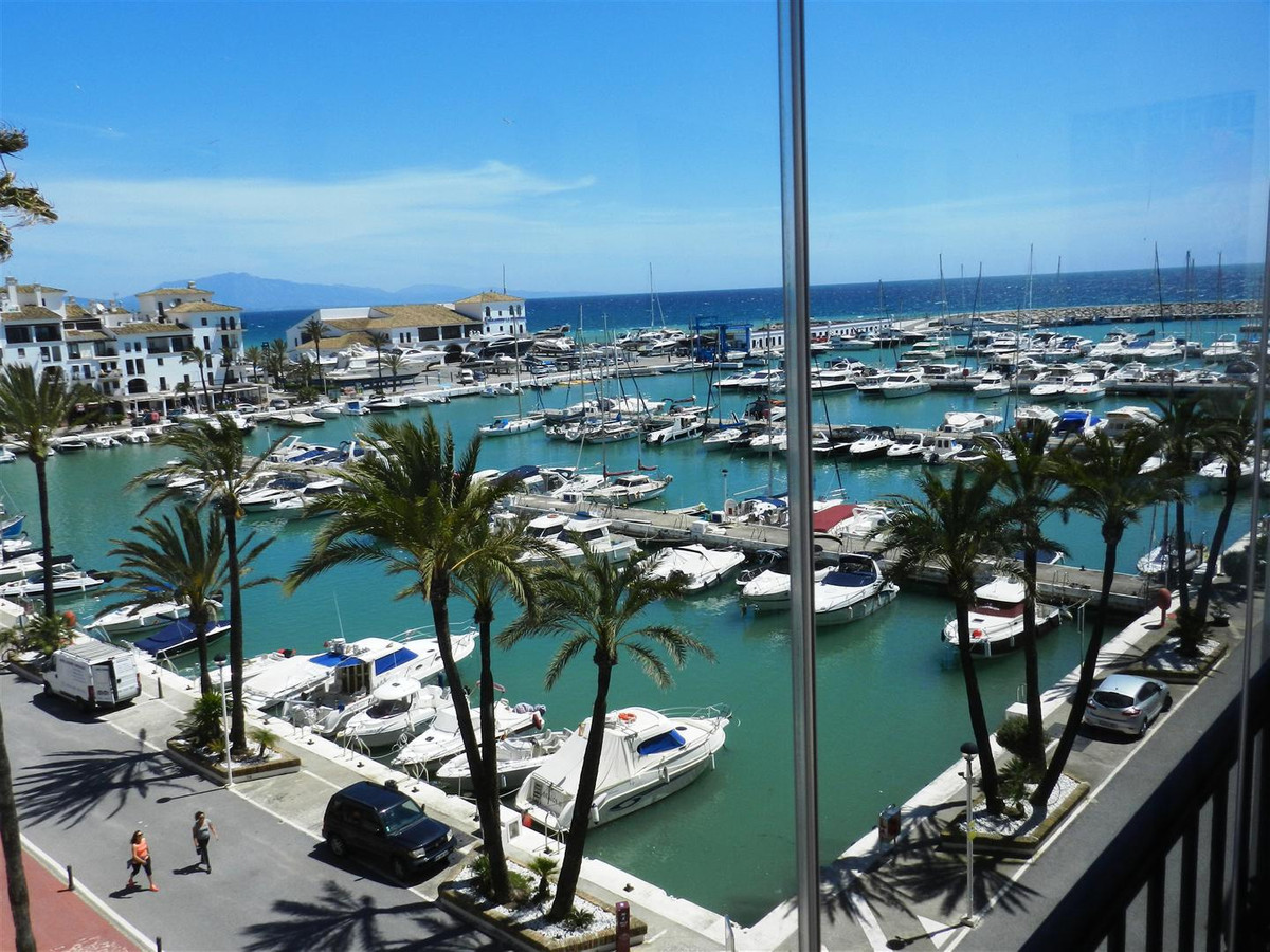 In a high standing urbanization in first line of beach, with two communal swimming pools and garden.,Spain