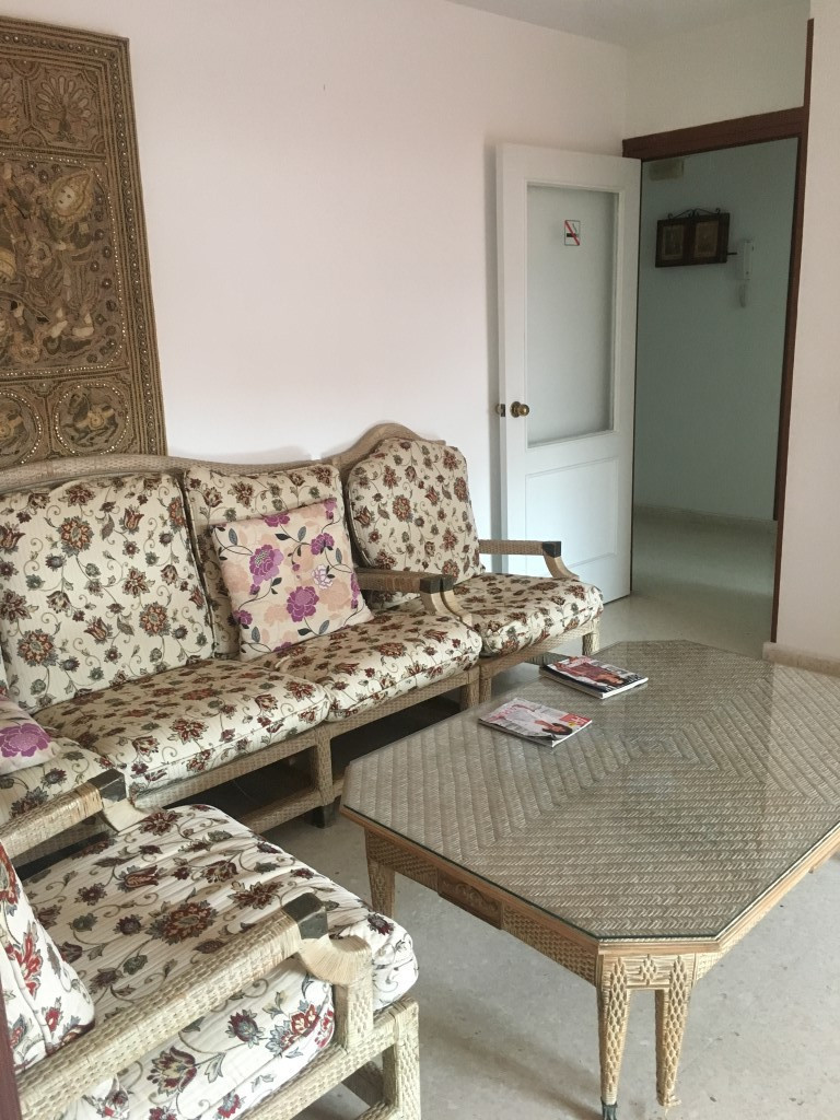 A very spacious and bright apartment renovated to a dental clinic with two good size bedrooms a bath,Spain
