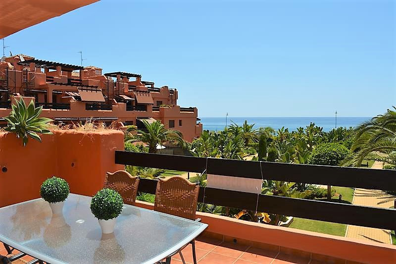 Beautiful furnished apartment with 1 bedroom and 1 bathroom, located in a luxurious urbanization in , Spain