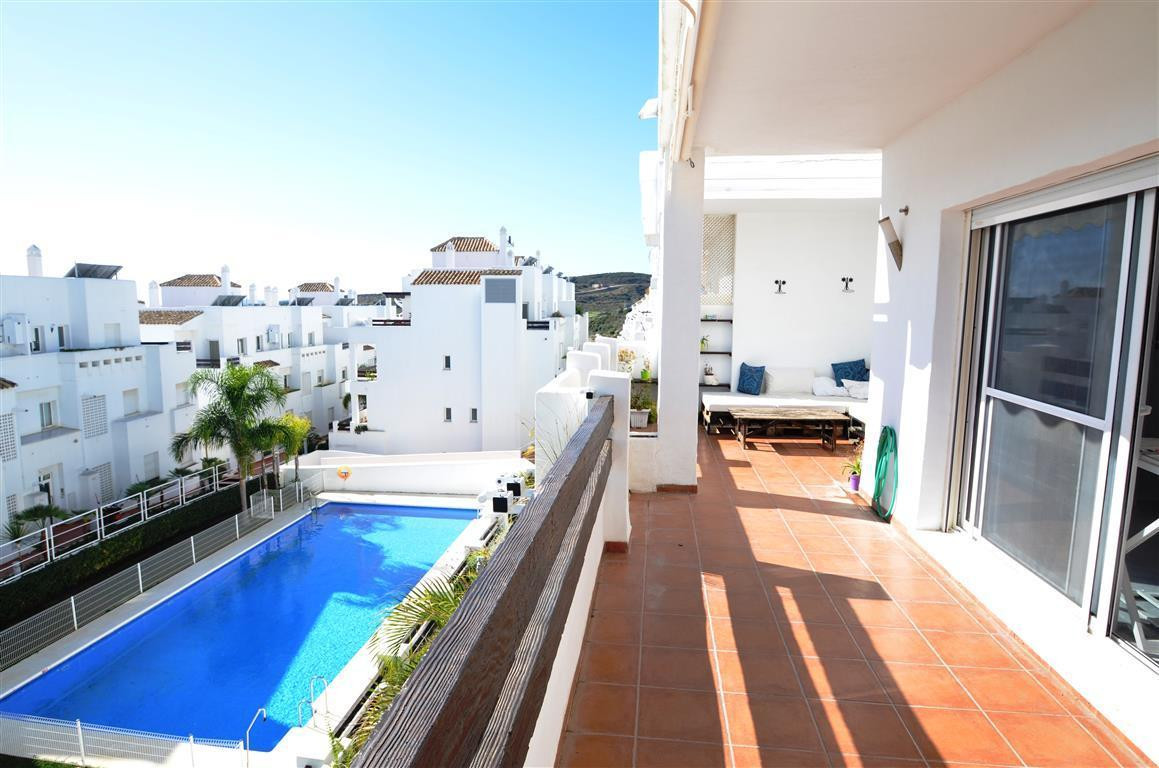 Beautiful middle floor apartment with large terrace, built and equipped using high quality materials,Spain