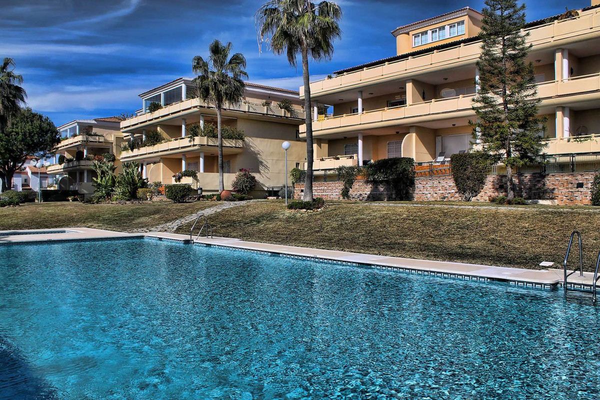 Great ground floor apartment located in Cabopino with south orientation. It consist in 2 bedrooms, 2,Spain