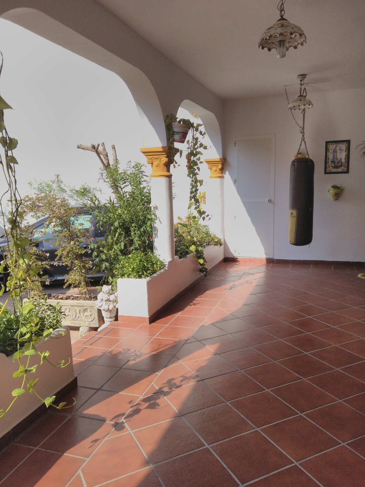 Townhouse, Estepona, Costa del Sol. 5 Bedrooms, 3 Bathrooms, Built 200 m², Terrace 50 m².  Setting :, Spain