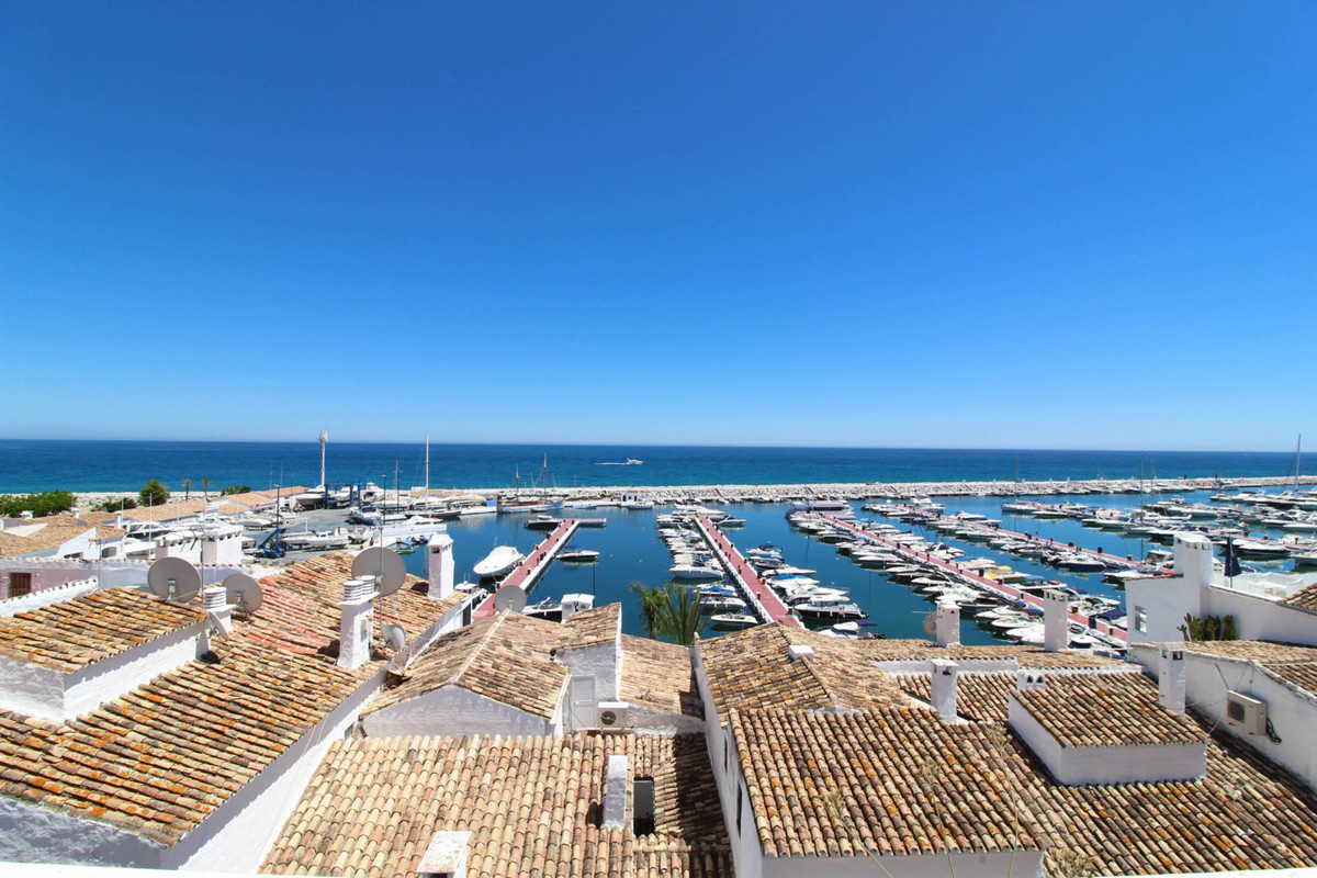 A unique opportunity to acquire a fully refurbished apartment located in the heart of Puerto Banus, , Spain