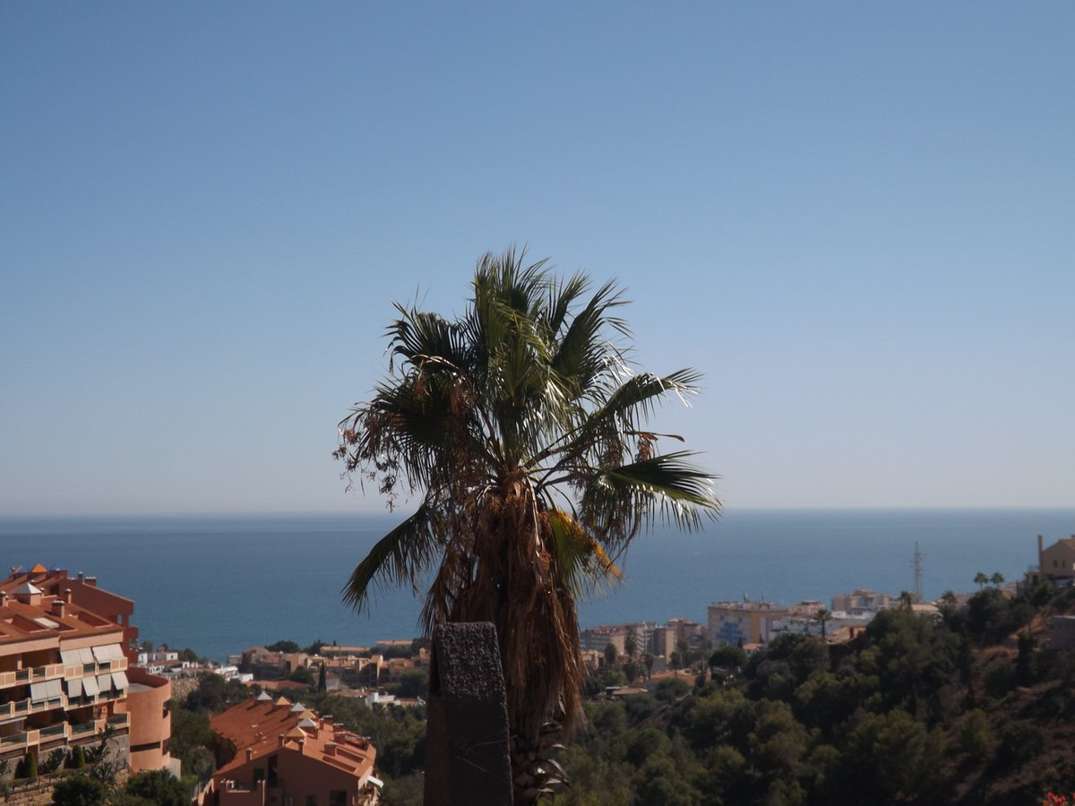 PROPERTY DEVELOPMENT INVESTMENT- OPEN TO OFFERS - 3 Residential plots all with panoramic sea views a,Spain