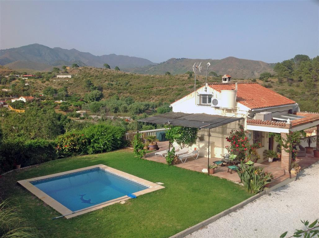 Beautiful finca in the countryside of Ojen but right on the border to Marbella, only a 2-minute driv,Spain