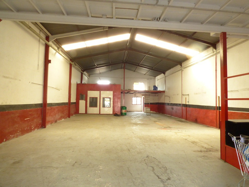 RESERVED  Industrial building in the industrial area of Marbella. With a floor area of 225 m2. Good ,Spain