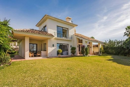 South facing villa situated near the Los Naranjos Golf Club, on a dead end street and therefore in a,Spain