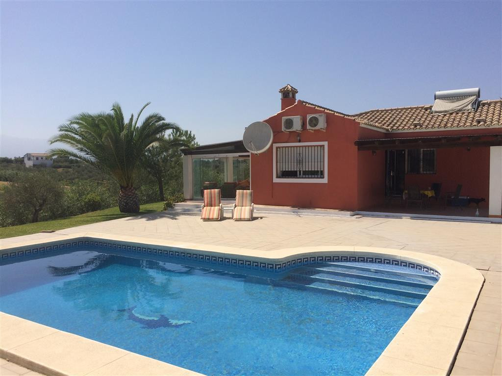 Pretty country house in the beautiful Spanish countryside yet close to the town of Coin. The propert, Spain