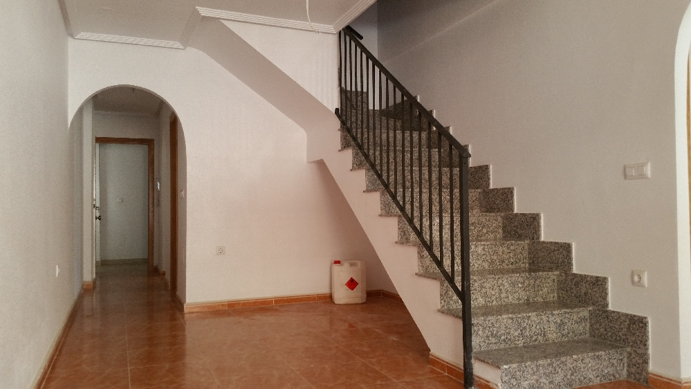 Beautiful as new apartment ideally situated 5 minute walk to the infamous Avda Rio Nalon. Very High ,Spain