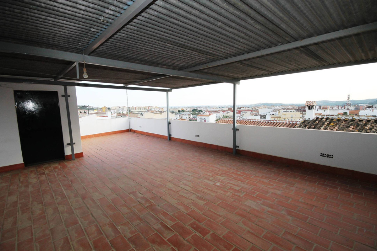 SEMI-DETACHED HOUSE IN VELEZ - MALAGA. Opportunity in the San Francisco Area, next to Plaza del Trab, Spain