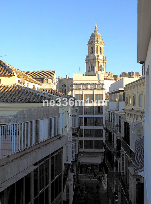 MAGNIFICENT FLAT IN FULL HISTORICAL CENTER !! The property has 102 m2 divided into 2 bedrooms, 1 bat, Spain