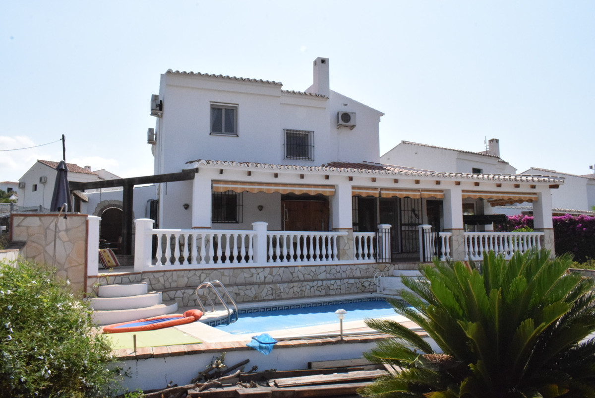 An outstanding villa, located in a quiet and popular residential area, walking distance to local ame, Spain