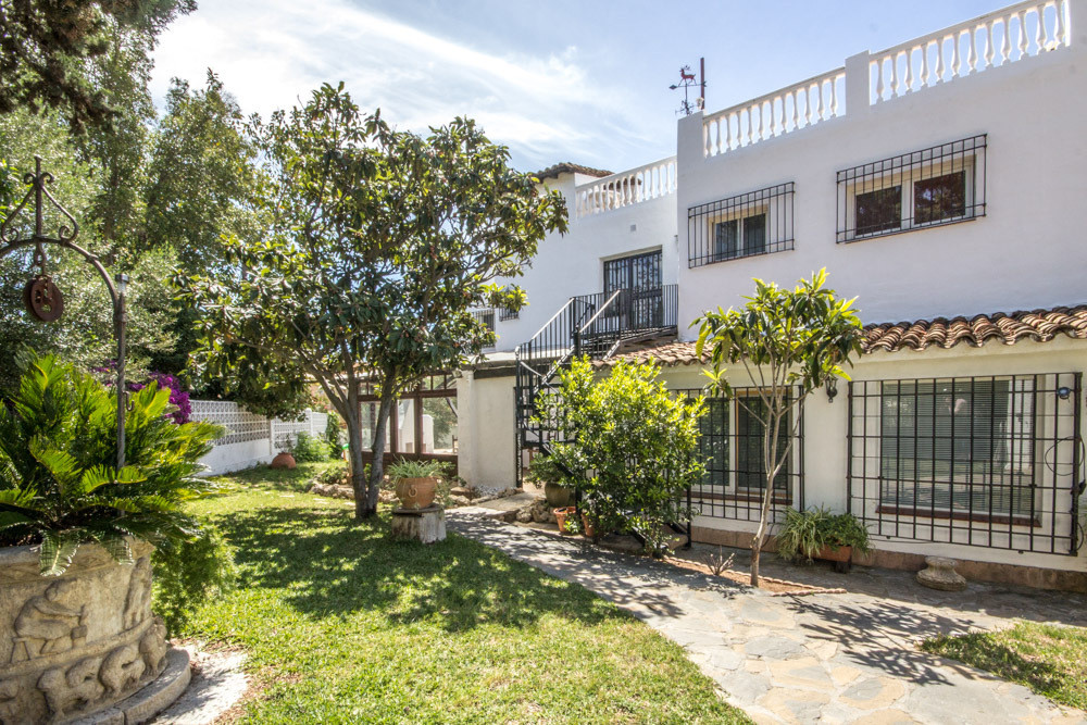 Very large house in Costabella only a few minutes walk to the beach. The house has originally been b,Spain