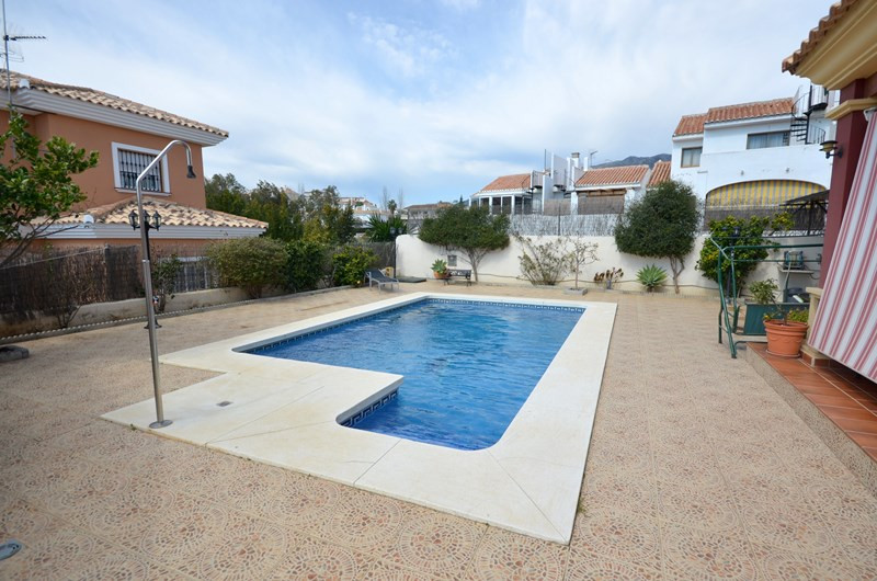 Spacious villa in El Hornillo with private pool and BBQ area. The villa consists of 2 levels. On the,Spain