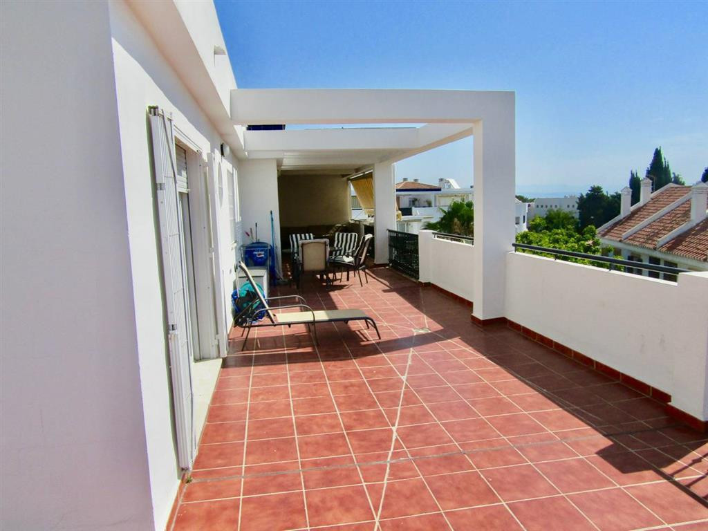 Penthouse, Montemar, Costa del Sol. 2 Bedrooms, 2 Bathrooms, Built 100 m², Terrace 110 m².  Setting , Spain