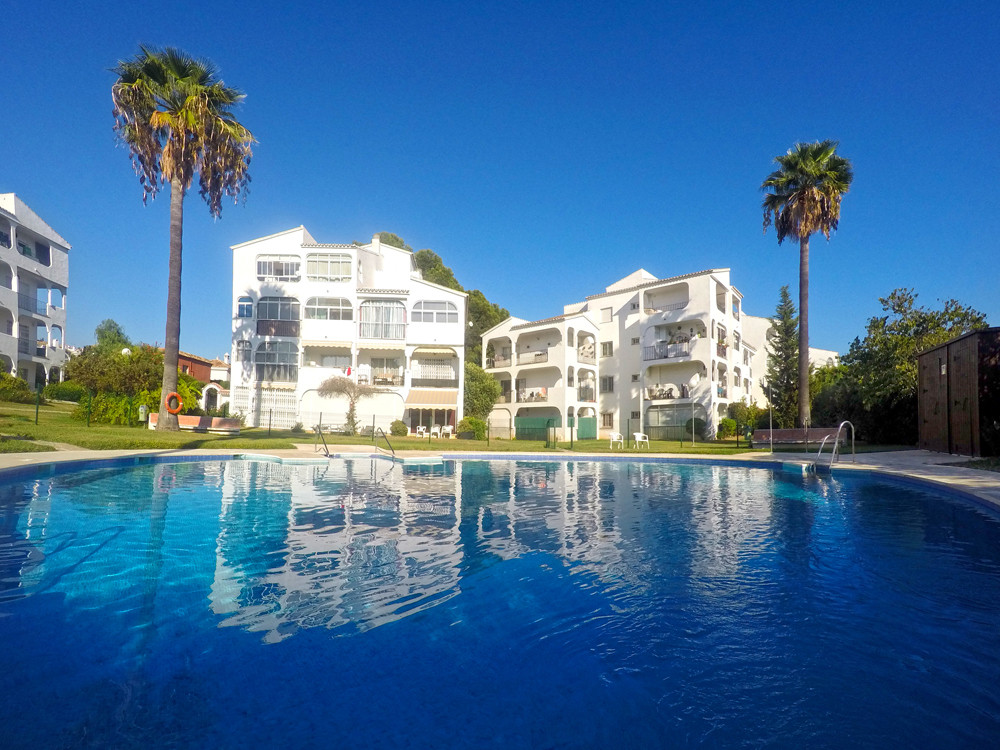 LOCATION, LOCATION, LOCATION!  This well presented one bedroom apartment is situated in the heart of,Spain