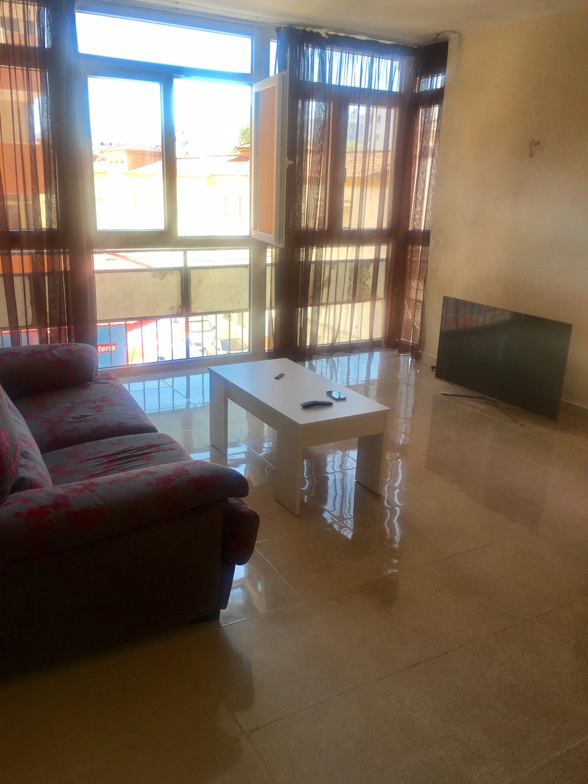 Good apartment, well located 5 minutes walk from the beach, 15 minutes from the center, 10 minutes f,Spain