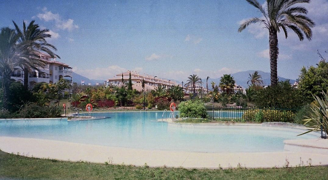 Wonderful apartment located just a few minutes from Puerto Banus, in a nice complex with communal po,Spain