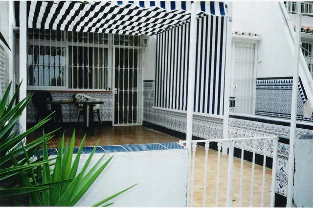 Nice ground floor apartment situated close to the beach and to Estepona´s harbour. The accommodation,Spain