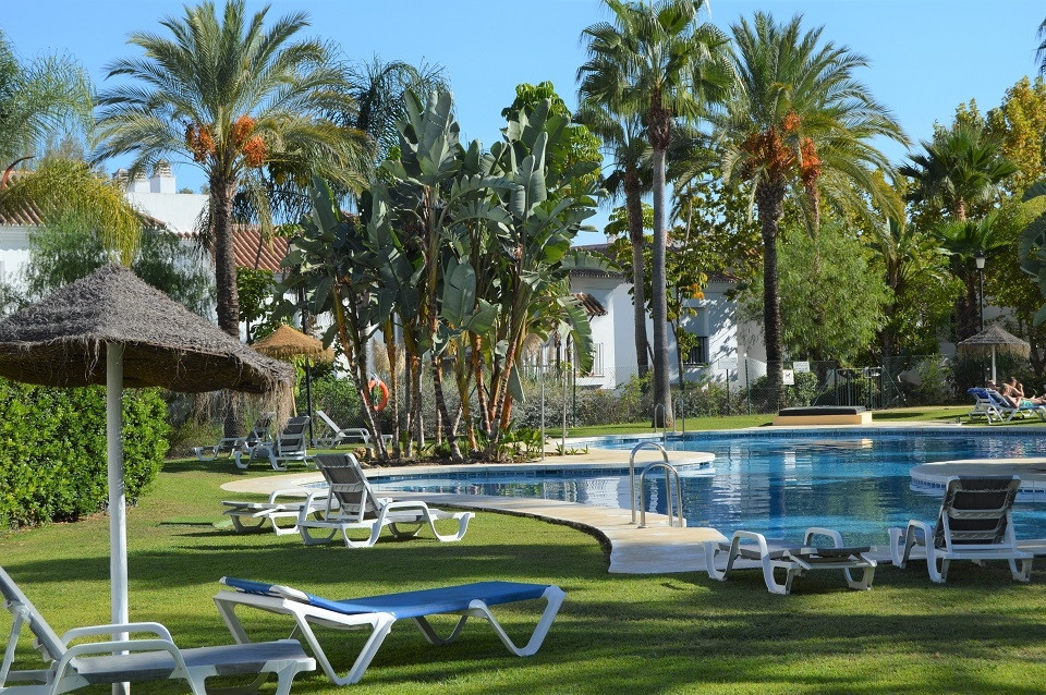 Situated in a gated urbanization, the apartments are constructed in the traditional Andalusian Style,Spain