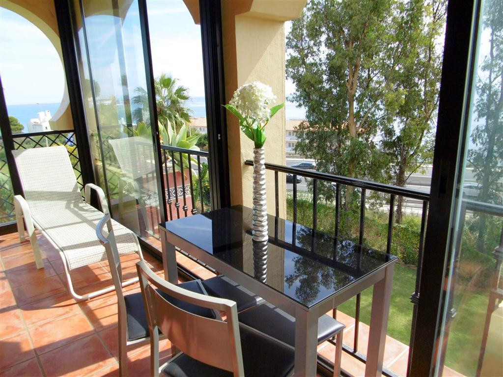 Sunny and bright apartment with lovely sea views in La Cala de MIjas on the Costa del Sol. This grea,Spain