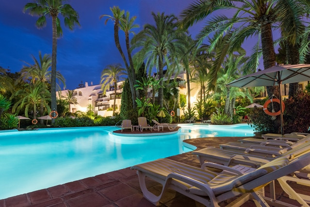 GOLDEN MILE: A rare opportunity to buy a property in Marbella´s most exclusive address. Totally refu,Spain