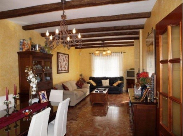 Beautiful 3 storey house with rustic details. On the first level there is the garage of about 90 m2., Spain