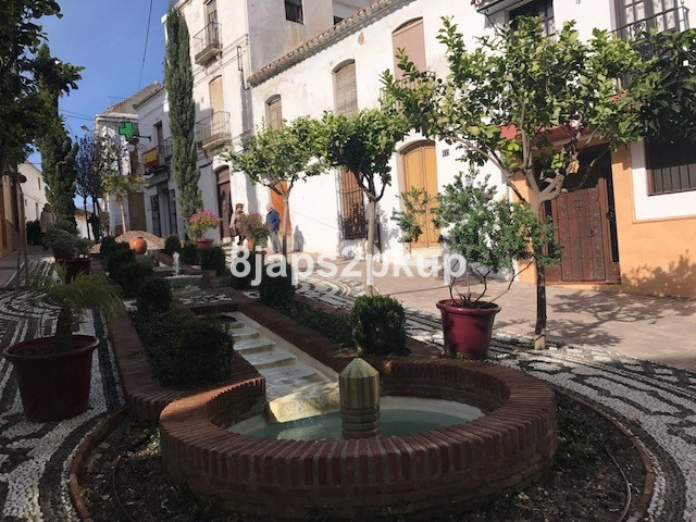 EXCELLENT Townhouse, JUST IN THE HEART OF Estepona OLD TOWN CENTRE.... Costa del Sol. Charming locatSpain