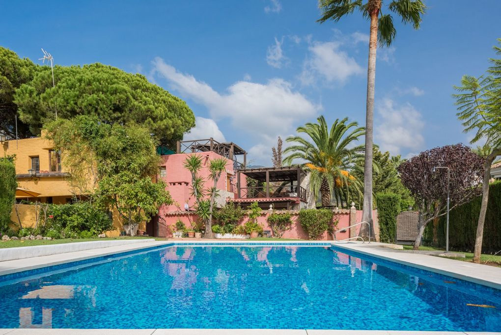 Secluded Andalusian style villa situated in the foothills of the exclusive Sierra Blanca district of,Spain