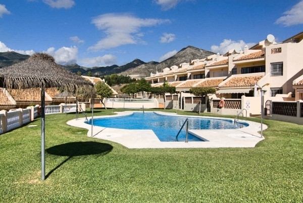 Magnificent townhouse in a privileged area of Benalmadena, has 3 floors and luxury qualities. 4 doub,Spain