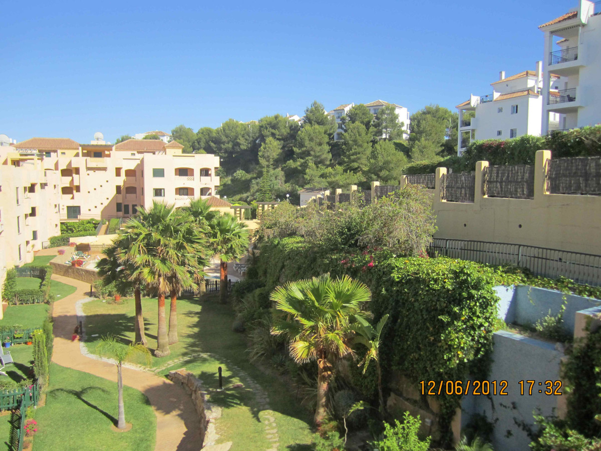 Nice apartment situated on Riviera del Sol, Mijas Costa, just a few minutes driving from Fuengirola , Spain
