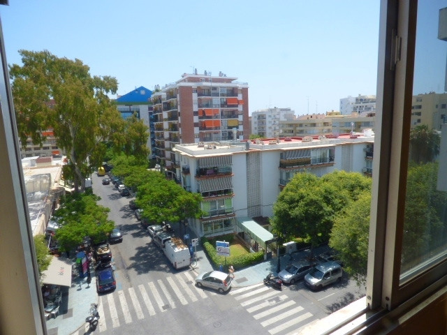 This lovely apartment is situated in Marbella�s centre. Close to all kind of amenities and just a fe,Spain