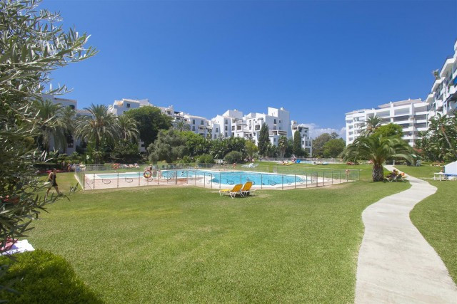 Elegant raised ground floor apartment for sale in Terrazas de Banus, Marbella. Located at a few step, Spain