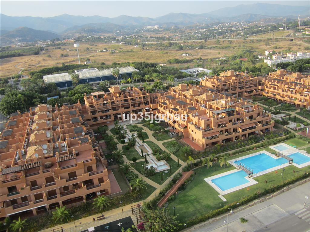 Middle Floor Apartment, -- Select --, Costa del Sol. 2 Bedrooms, 2 Bathrooms, Built 85 m², Terrace 1, Spain