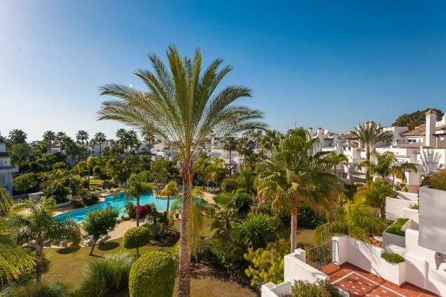 Originally listed for 795,000€ and recently reduced to 699,000€. True beachside family home on New G, Spain