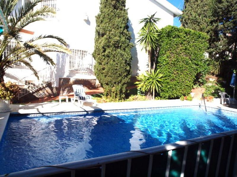 Marvellous southfacing independent villa, Lounge-dining room with fireplace, kitchen, covered terrac,Spain