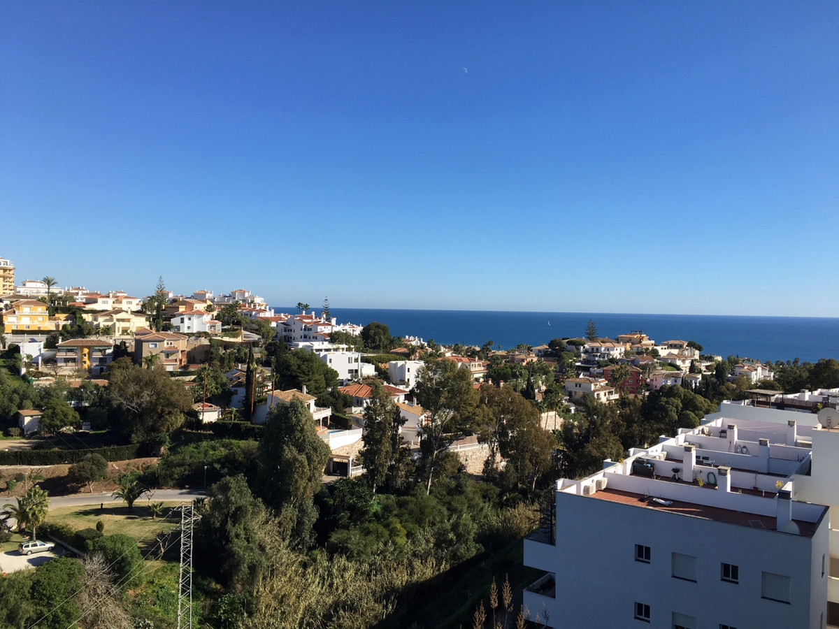 Lovely penthouse in Angel de Miraflores in Torrenueva, 5 minutes walking from great restaurants (e.g, Spain