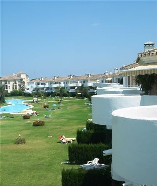 NICE FURNISHED PENTHOUSE LOCATED IN MIJAS GOLF IN A QUIET URBANISATION WITH 2 BEDROOMS AND 2 BATHROO, Spain
