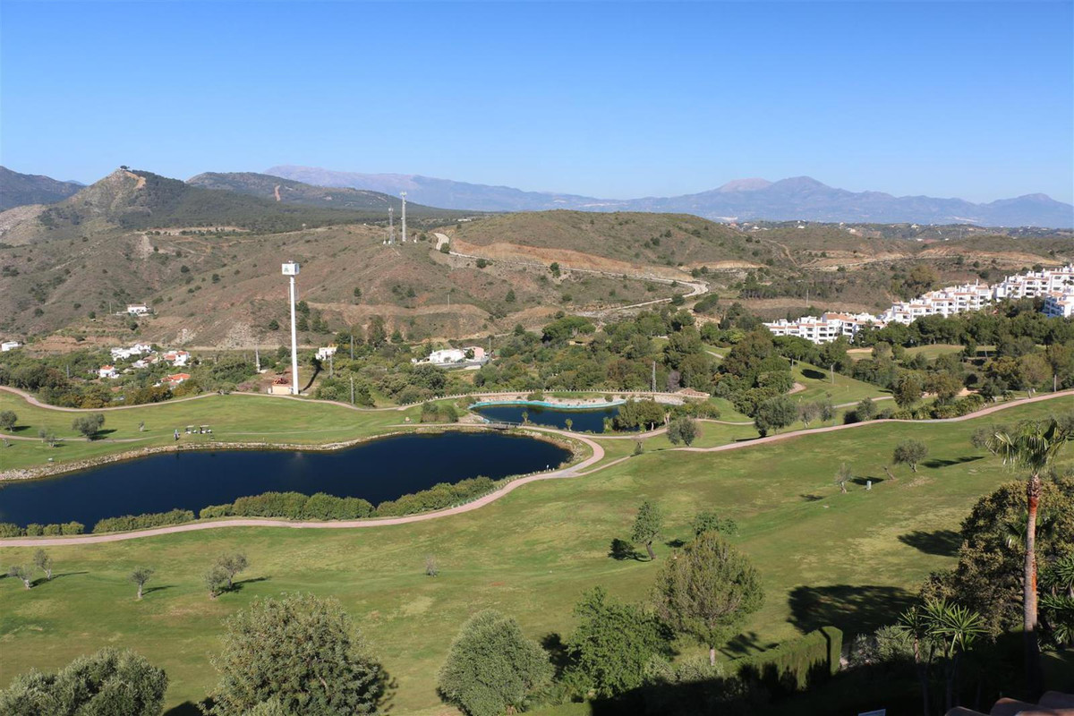Beautifully appointed Frontline Golf Penthouse consisting of 2 bedrooms, 2 bathrooms, lounge, kitche,Spain