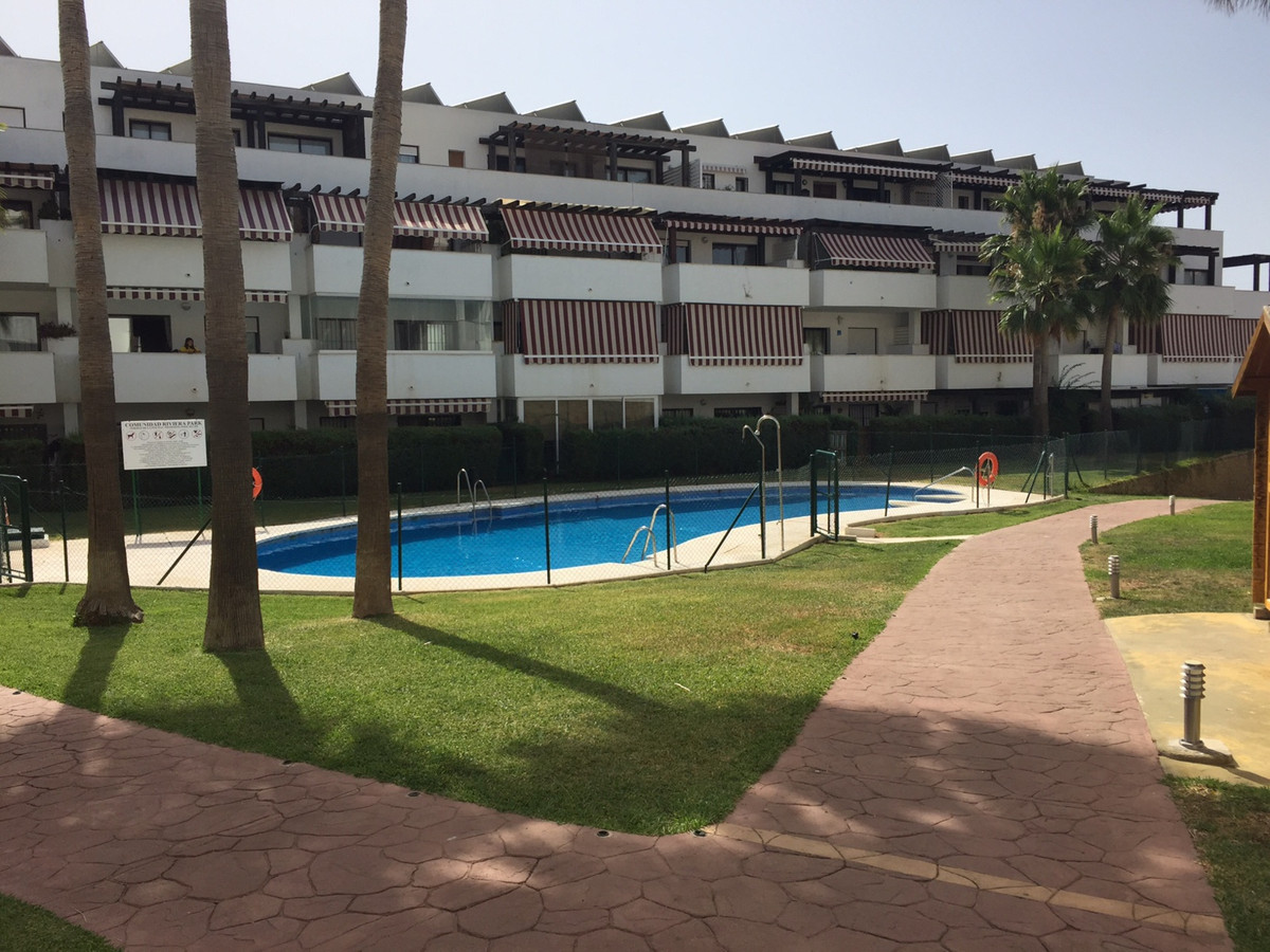 MUST SELL, BANK REPOSSESSION! OPEN TO REASONABLE OFFERS! Nice corner apartment situated close to ame,Spain