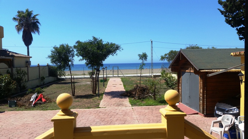 OPPORTUNITY ......... VILLA LOCATED ON THE FIRST LINE OF THE BEACH WITH PRIVATE DIRECT ACCESS TO THE,Spain