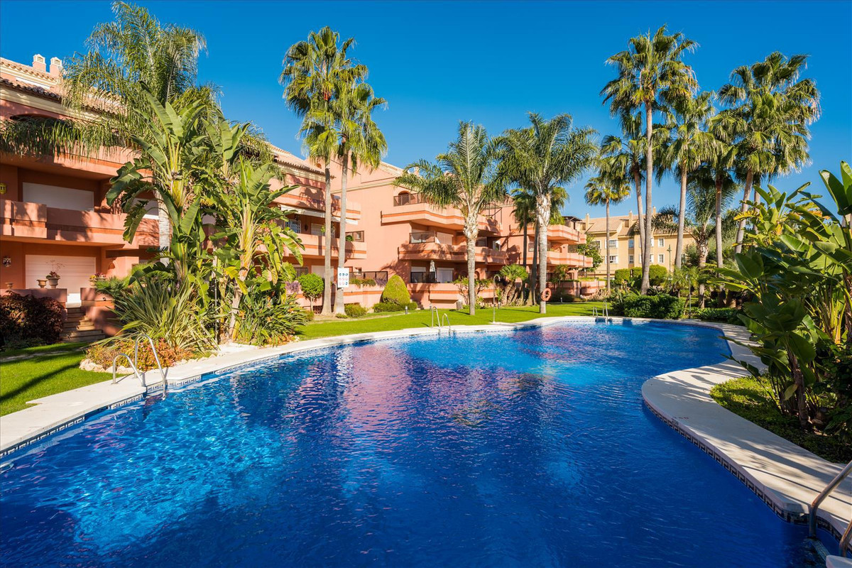 This property is located in the popular complex El Embrujo Marbella with private security 24h in the, Spain