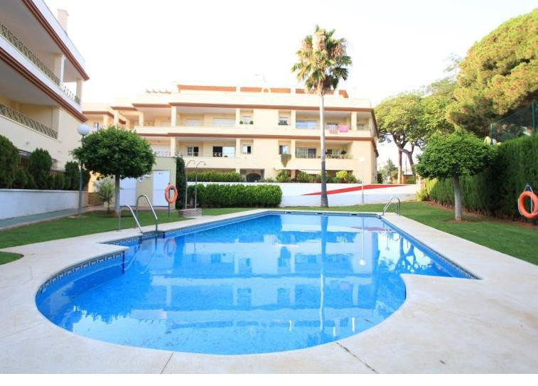 LOVELY BEACH SIDE APARTAMENT CLOSE TO THE SEA. WALKING DISTANCE. 2 BED / 2 BATH/ PRIVATE TERRACE/ PA,Spain