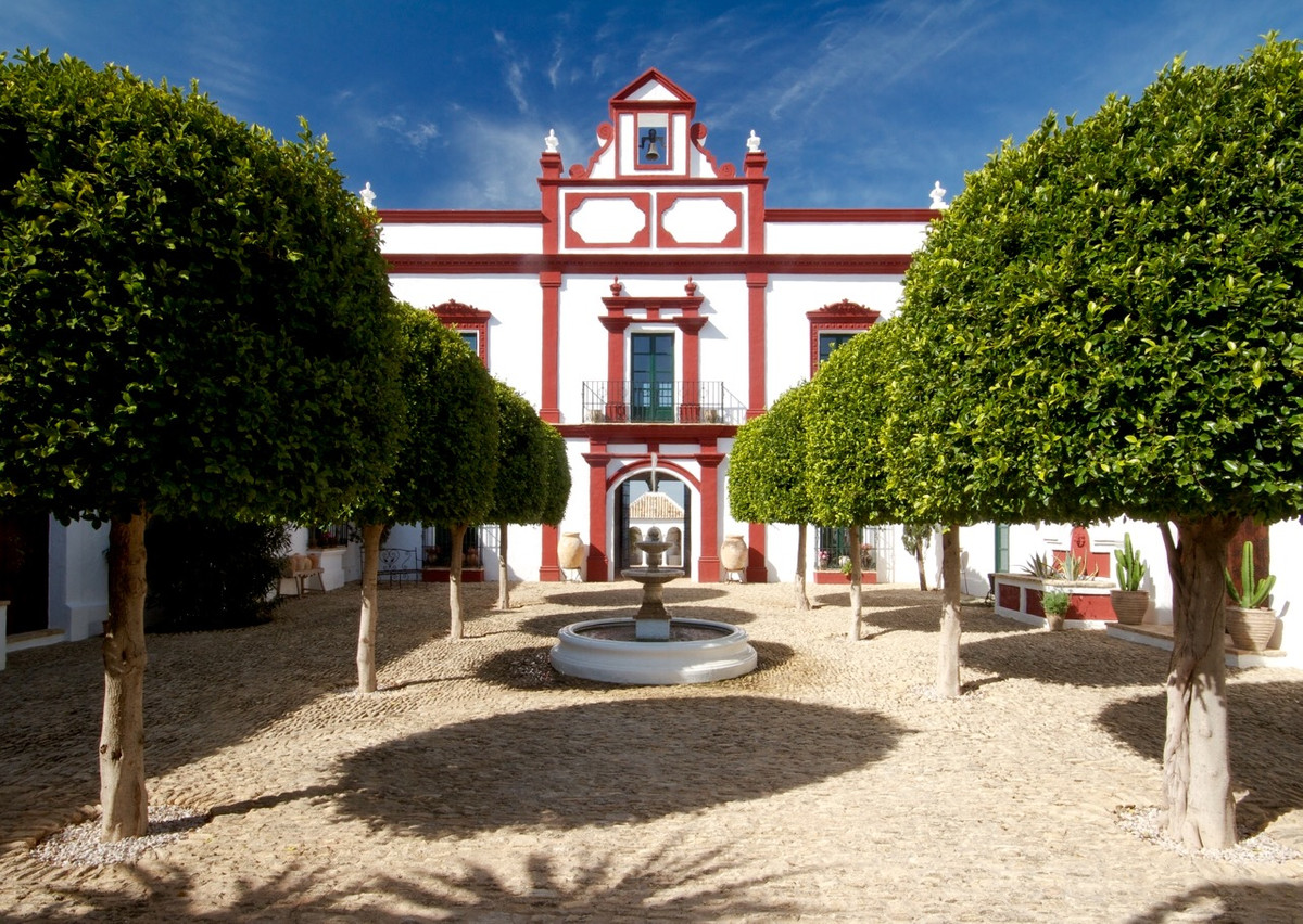 Read below for One of Andalusia's Finest Country Residences - The Perfect Retreat or Luxury Bout,Spain