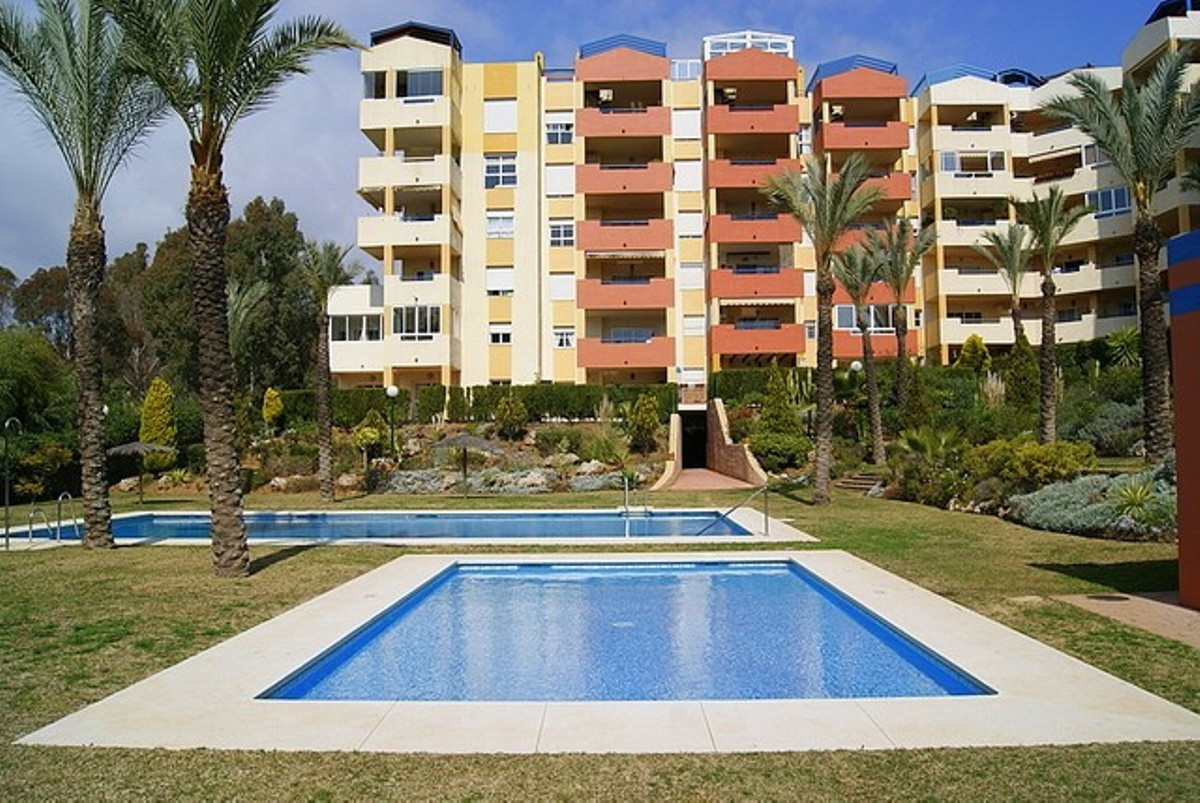 Excellent economical purchase of a lovely apartment in Atalaya Green Mar.  Families and sun worshipe,Spain