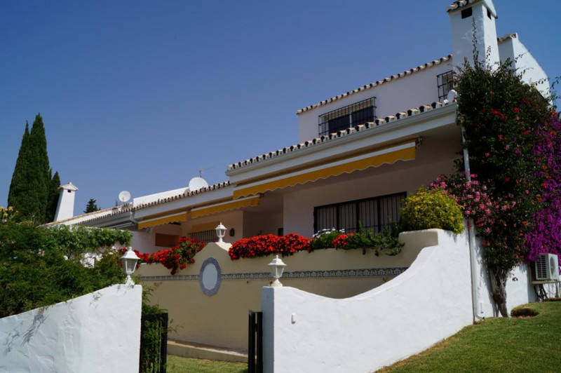 Beautifully appointed South Facing Five bedroom, Semi Detached Villa situated in a Superior position, Spain