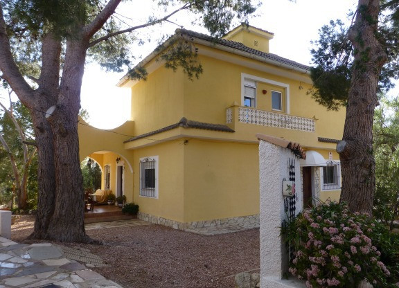 Drastically reduced to sell! Now €499,500 from  €575,000 - 9 bed, 9 bath split over 2 Villas part ex,Spain