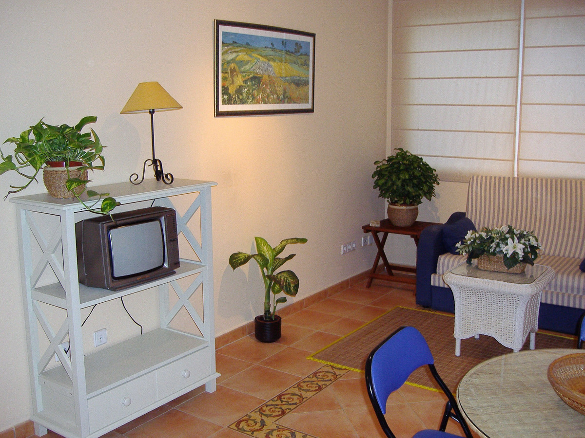 Beautiful apartment of a bedroom in suite, independent totally furnished and equipped kitchen, loung,Spain