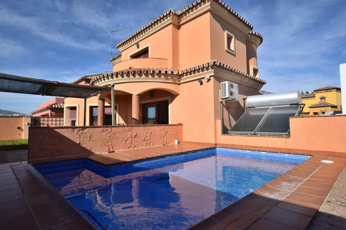 Great 4 bedroom villa located in La Sierrezuela, Fuengirola The property is only 8 years old Distrib, Spain